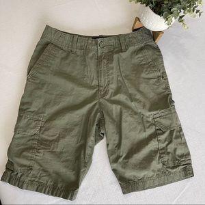 cargo shorts APT 9 men's W30 utility shirts green